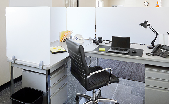 Workstations for Ground-Level Offices